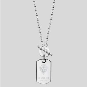 Authentic GUCCI Crest Dog Tag Toggle Bar Necklace